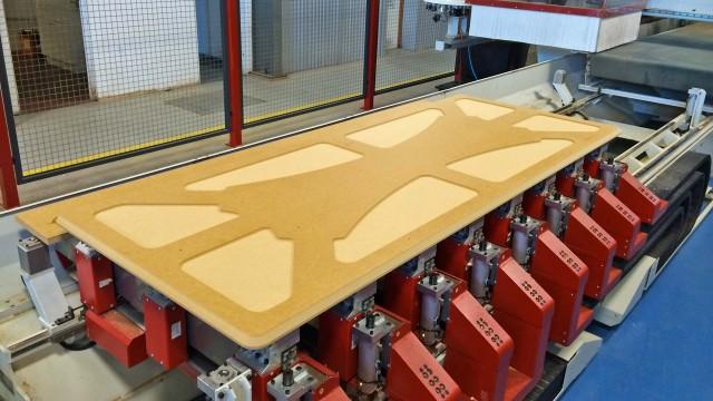 Flat bed CNC